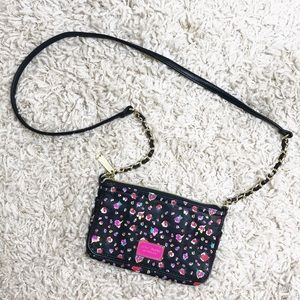 ✨Betsey Johnson New York Floral Crossbody Bag